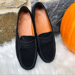 Tod's women's penny loafer black suede 7.5